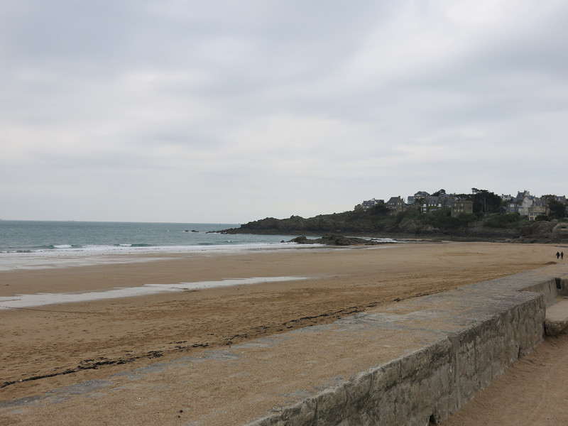 Beach view in St Lunaire