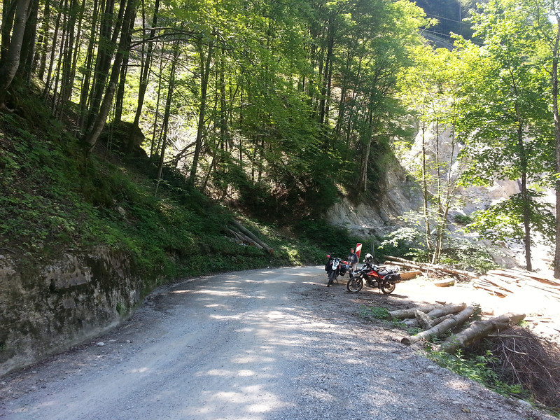 Lunch on the first gravel of the holiday, somewhere between Stopnik and Idrija.