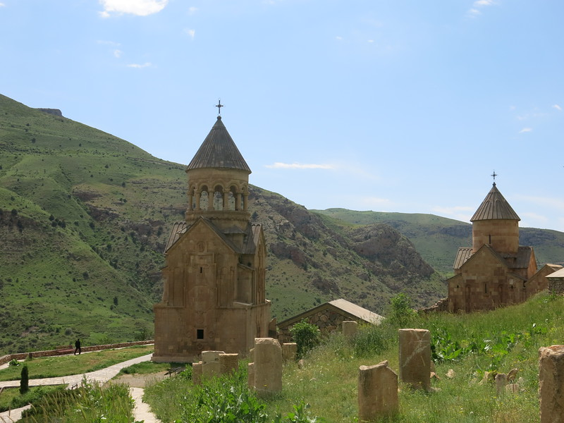 The 2 churches of Noravank monastery
