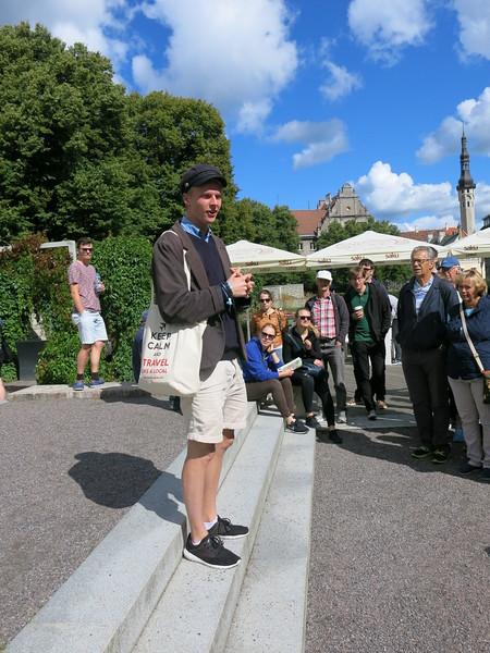 Free walking tour in Tallinn