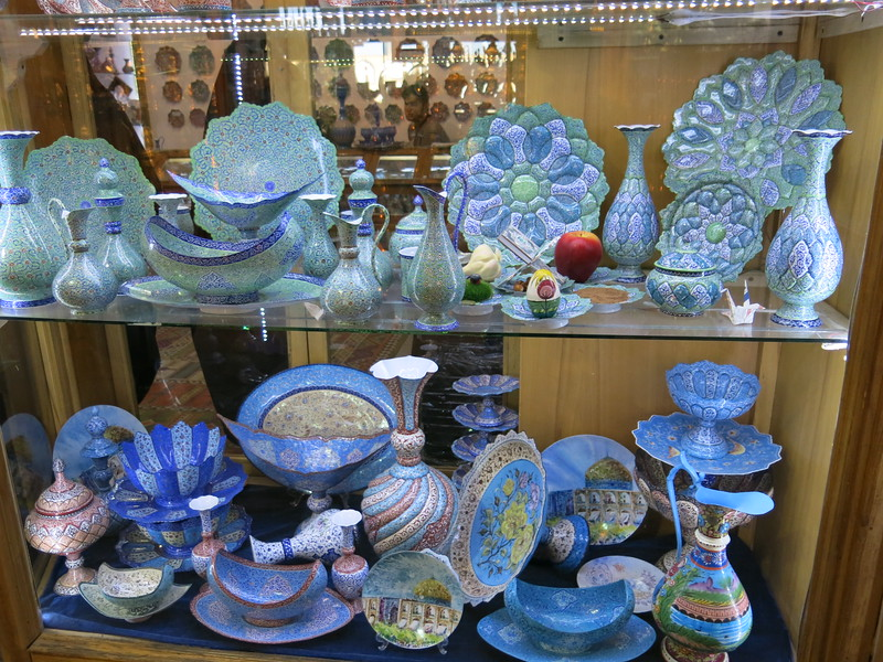 Handicrafts at the Esfahan bazaar